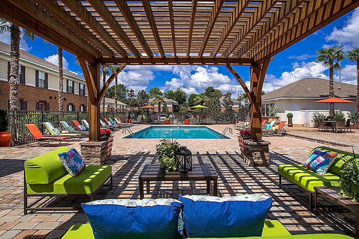 The Mills at 601 features a resort-style pool and expansive sundeck.