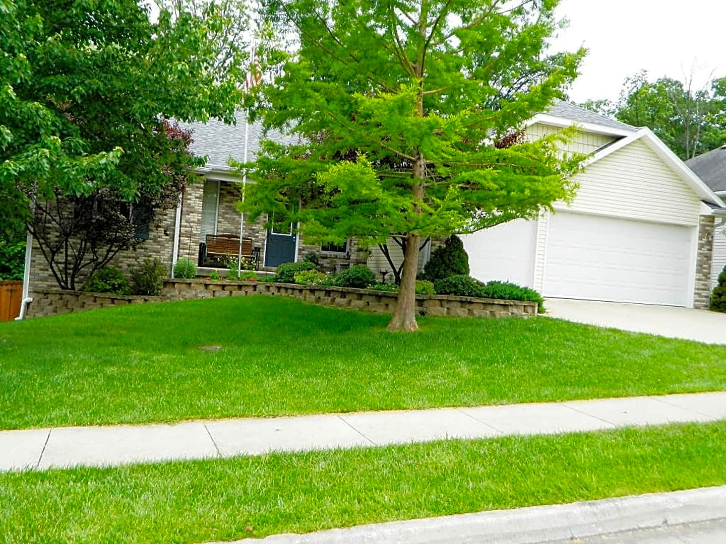 608 adens woods court apartments columbia mo 65201 for Columbia woods