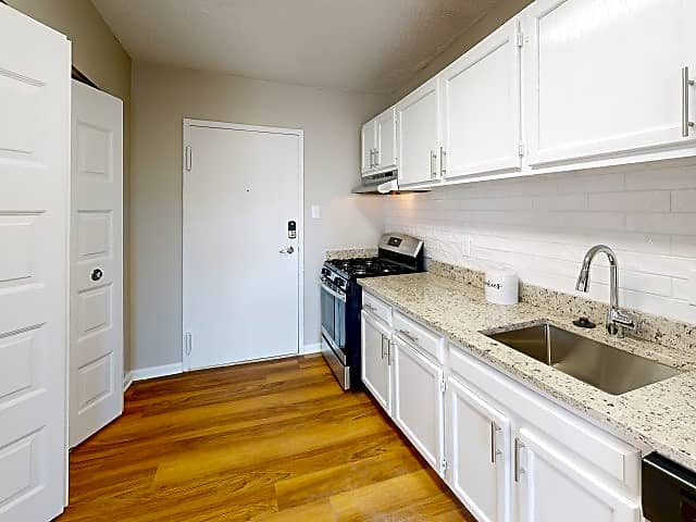 Apartments Near University of Maryland Westchester Tower Apartment Homes for University of Maryland Students in College Park, MD