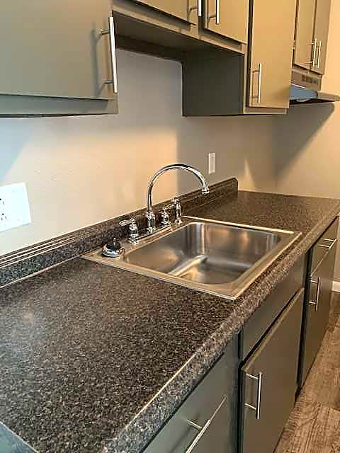 Apartments Near Lourdes Valley Park for Lourdes College Students in Sylvania, OH