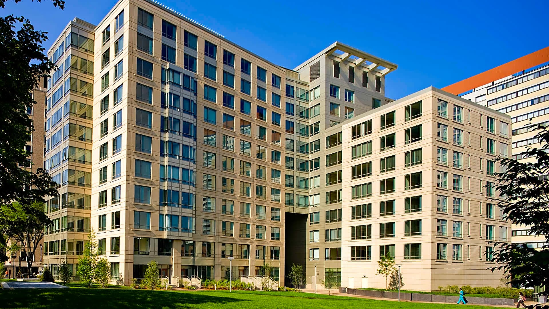 The West End Apartments- Asteria