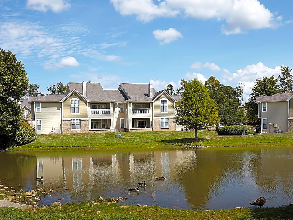 Apartments Near Elon The Chase for Elon University Students in Elon, NC