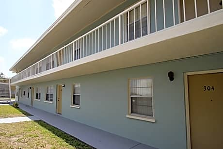 Photo: Sarasota Apartment for Rent - $825.00 / month; 2 Bd & 1 Ba