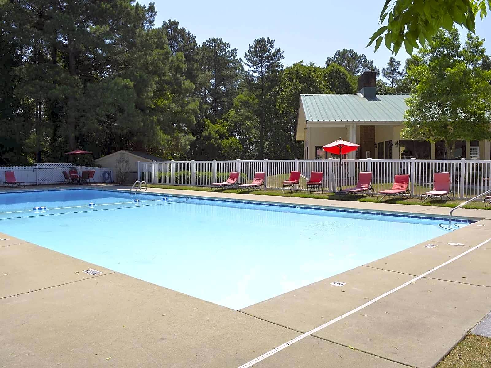 Photo: Fayetteville Apartment for Rent - $670.00 / month; 2 Bd & 1 Ba