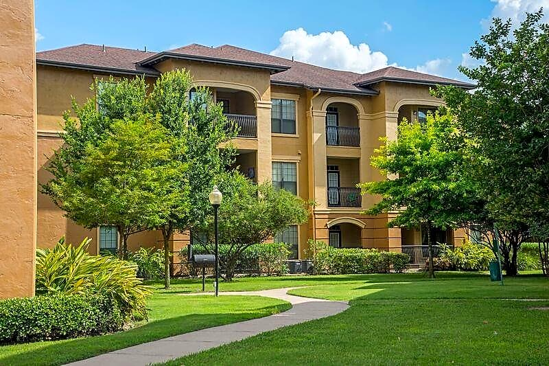Apartments Near ITT Technical Institute-Houston North Estancia San Miguel for ITT Technical Institute-Houston North Students in Houston, TX