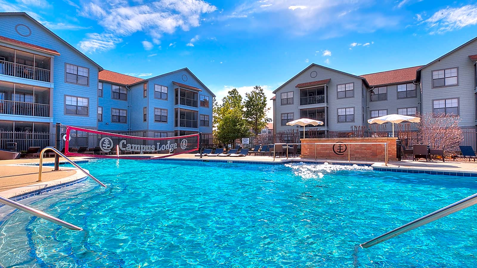 Apartments Near OU Campus Lodge - Per Bed Lease for University of Oklahoma Students in Norman, OK