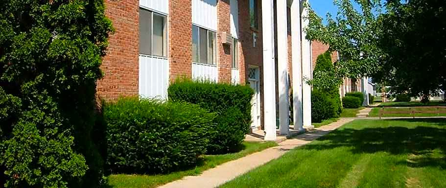 Apartments Near Alma Park Place Apartments for Alma College Students in Alma, MI