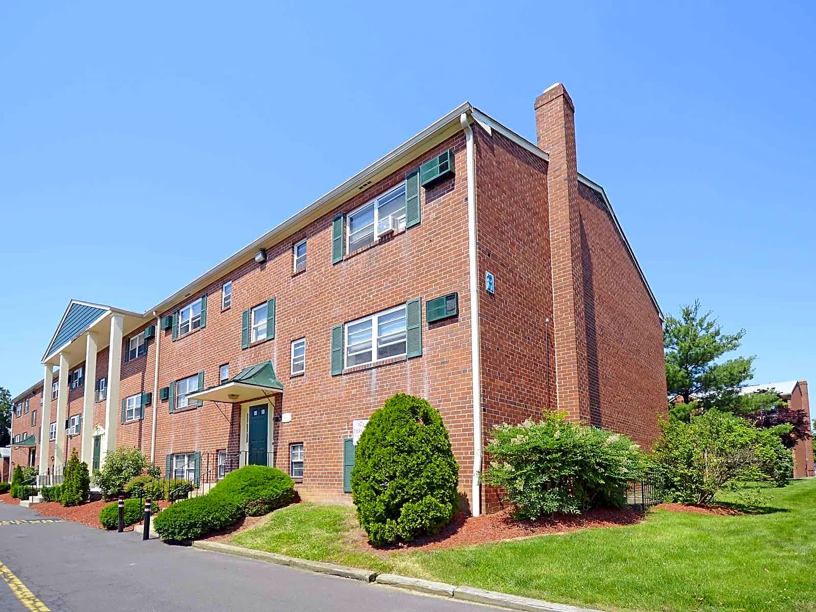 Colonial Point Apartments Bensalem PA