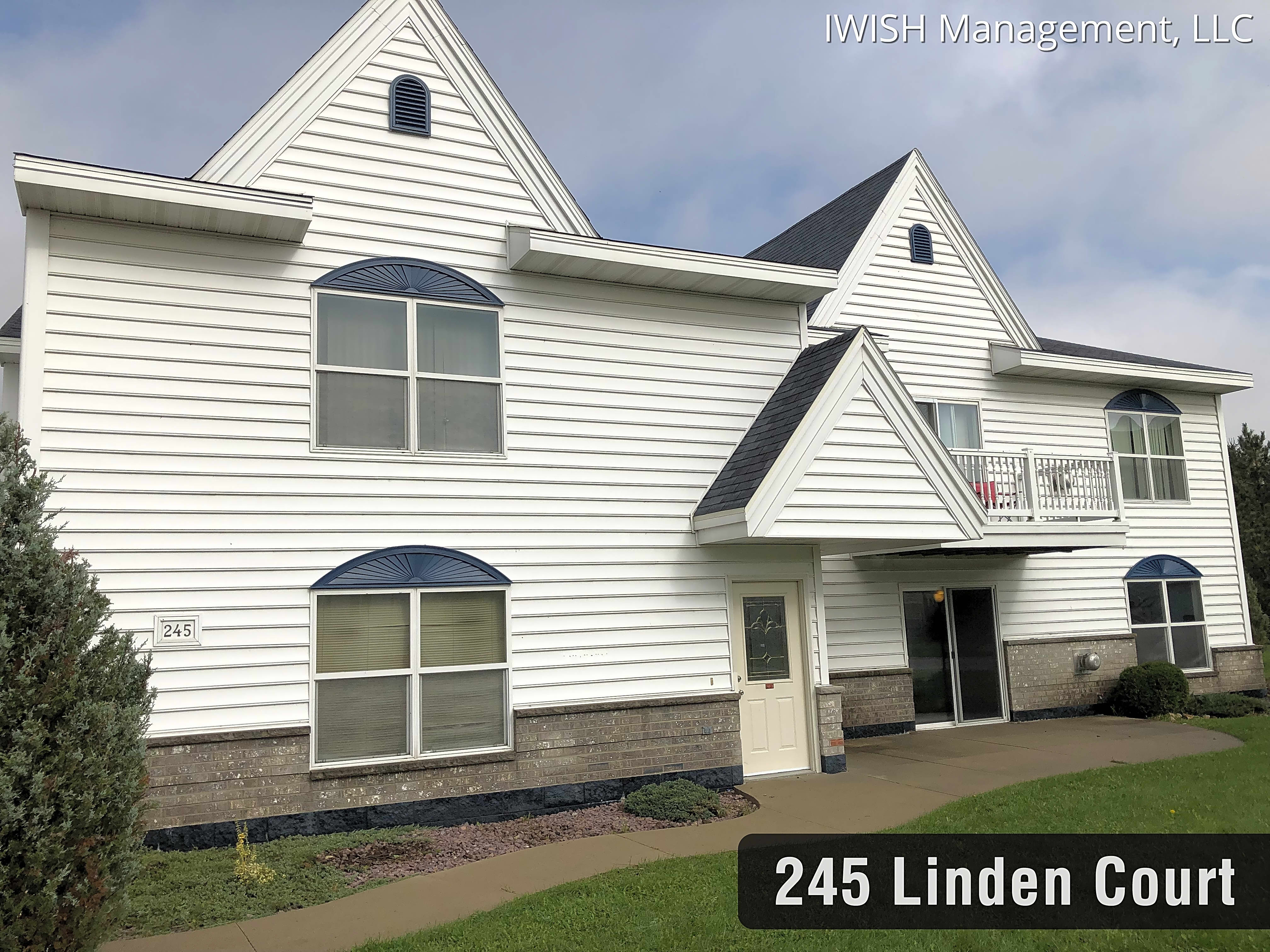 Apartments Near Marian Lomira Apartments for Marian University Students in Fond du Lac, WI
