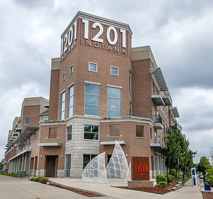 Indianapolis Apartments: Indianapolis, IN 46202
