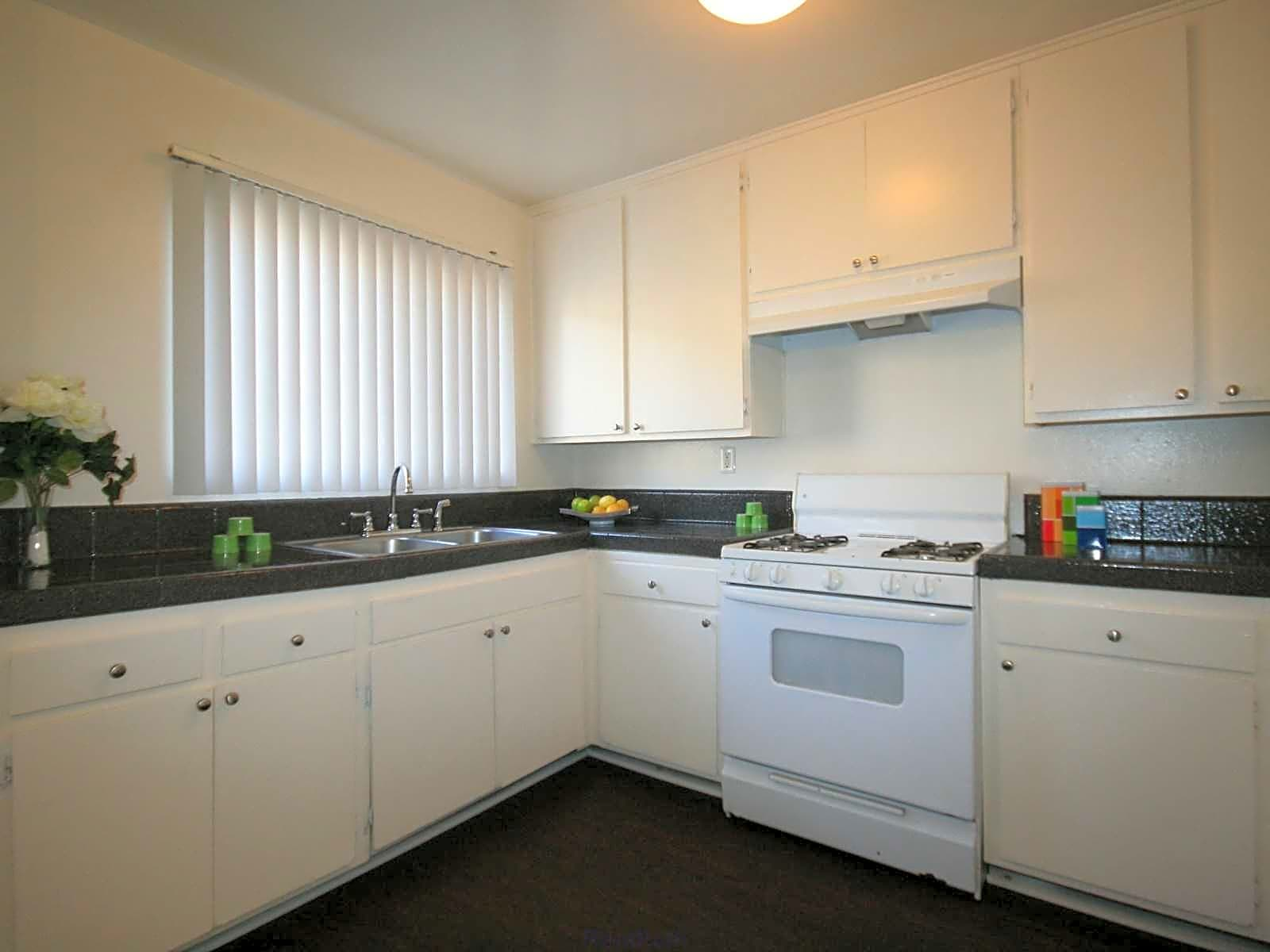 Photo: Oxnard Apartment for Rent - $1615.00 / month; 3 Bd & 2 Ba