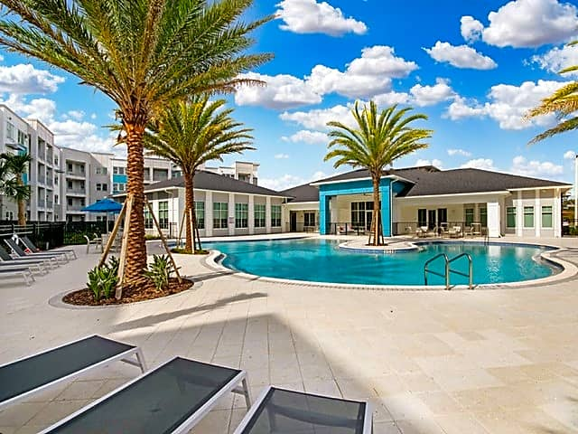 Apartments Near Florida Tech Aqua Palm Bay for Florida Institute of Technology Students in Melbourne, FL