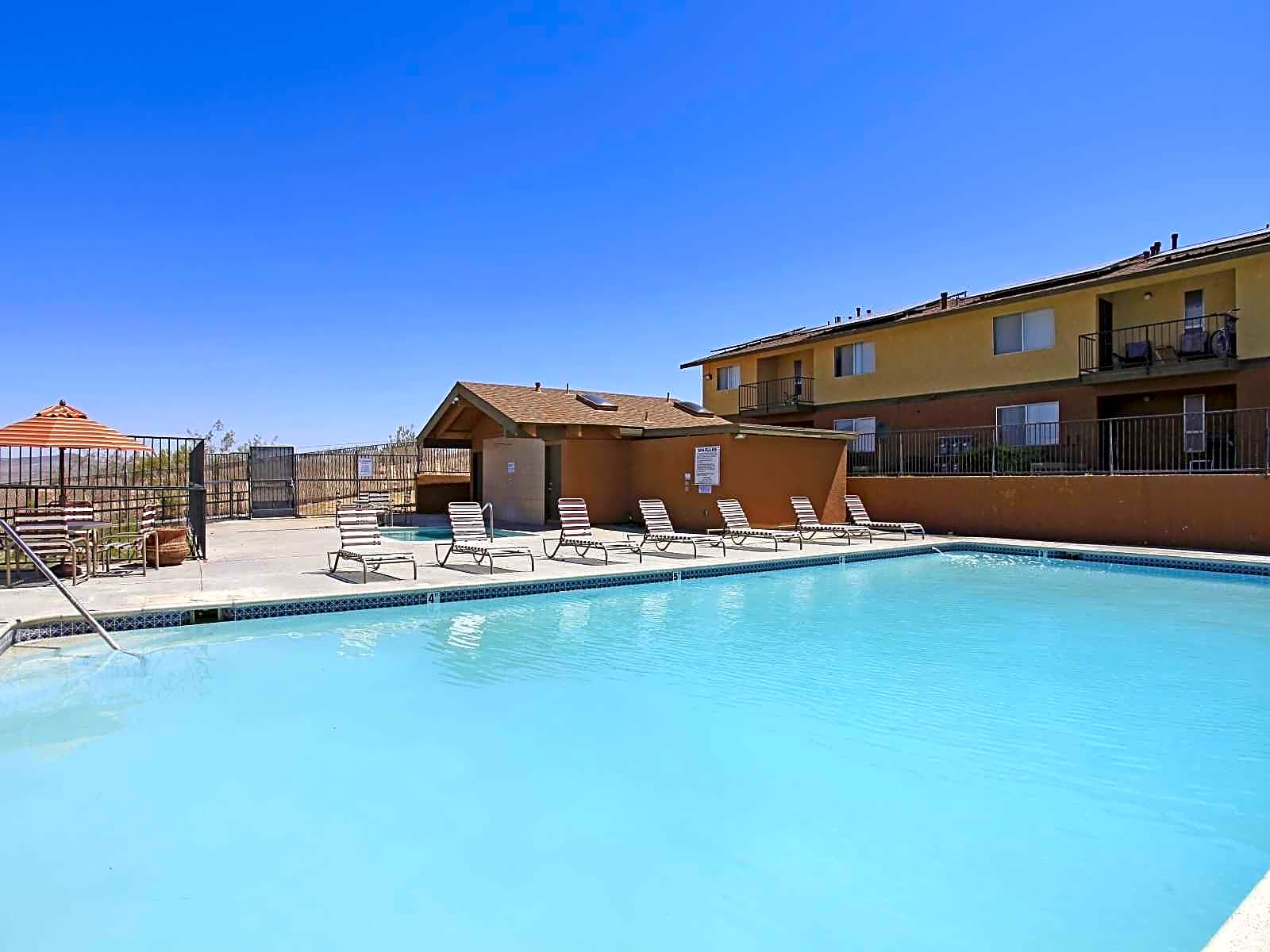 Sunrise Vista Apartments for rent in Barstow