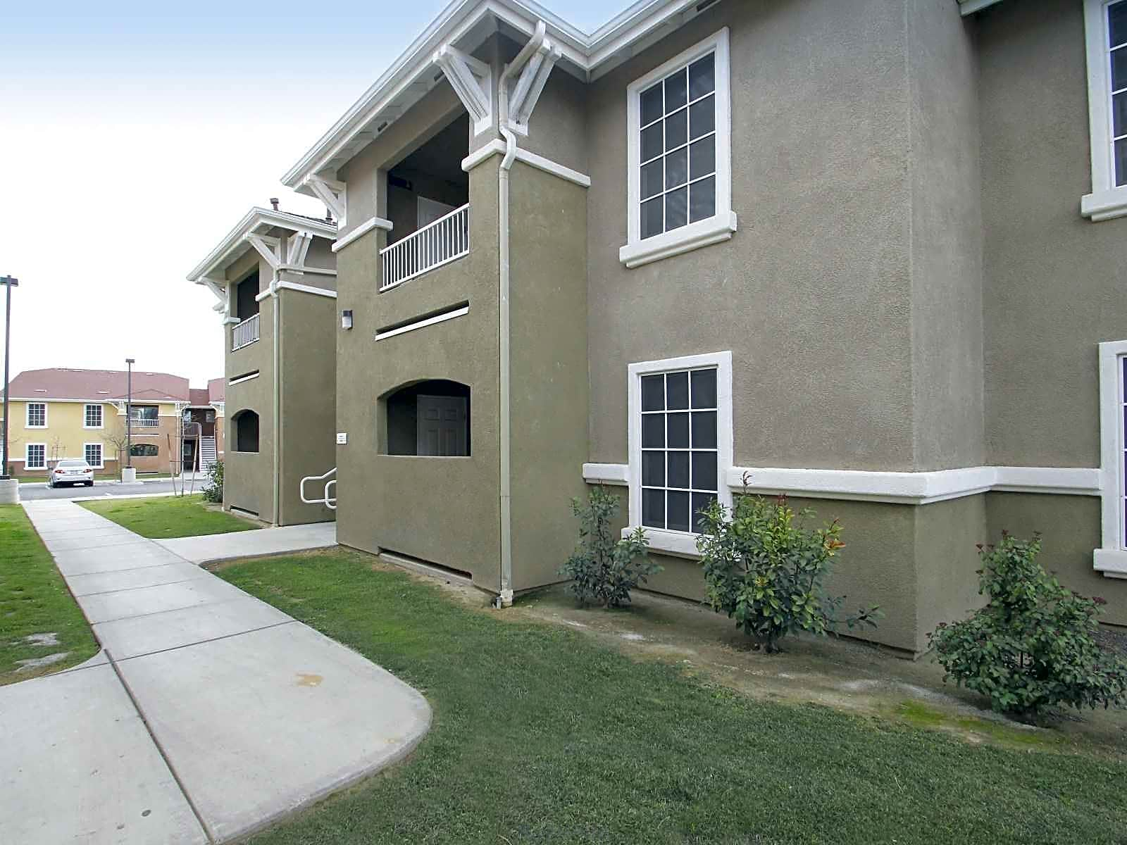 Photo: Bakersfield Apartment for Rent - $474.00 / month; 4 Bd & 2 Ba