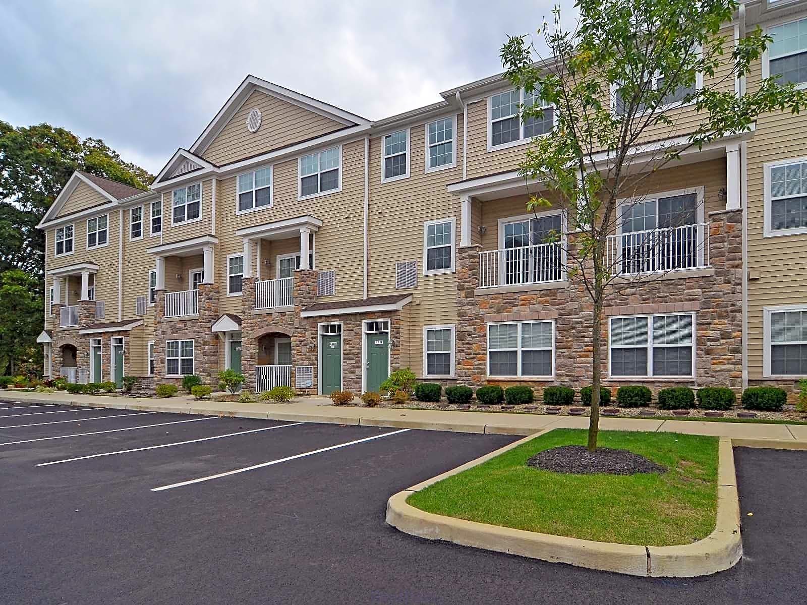 Cherry Hill Village Apartments