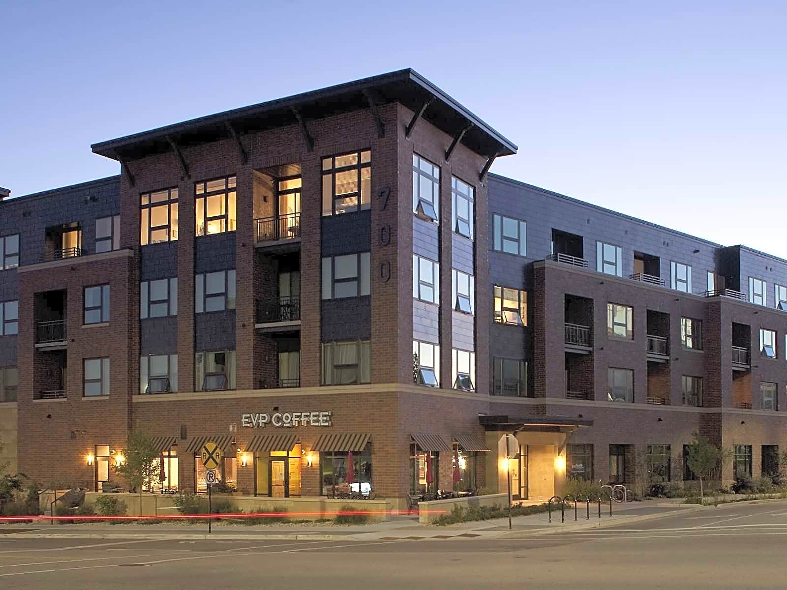 Apartments Near Edgewood 700 UBD Apartments for Edgewood College Students in Madison, WI