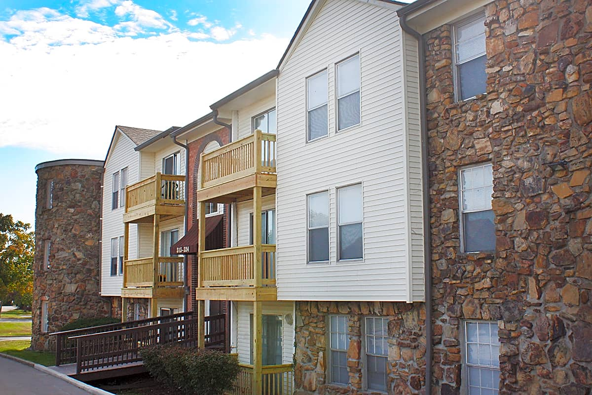 Apartments Near IU Southeast Knobs Pointe Apartments for Indiana University Southeast Students in New Albany, IN