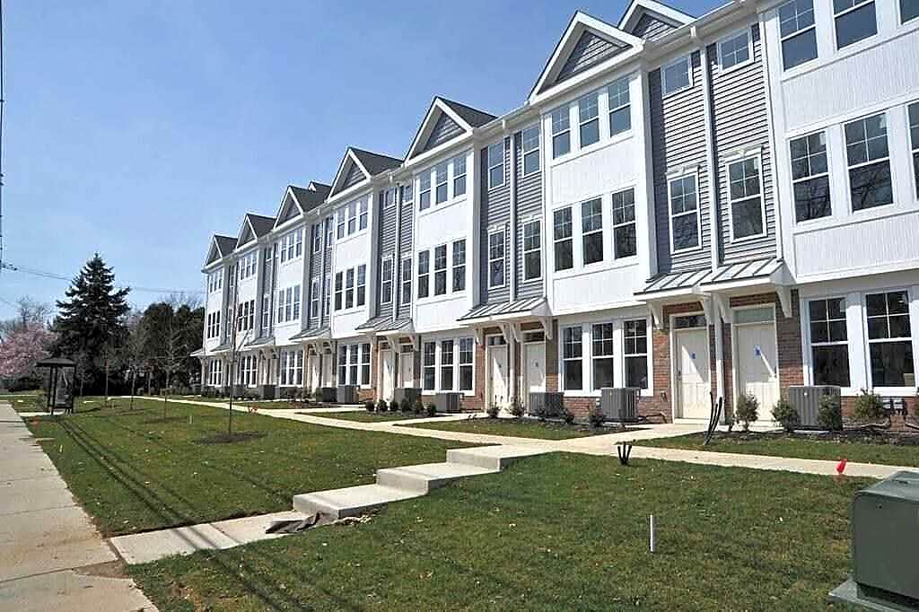 Apartments Near TESC The Point by Campus Student Living for Thomas Edison State College Students in Trenton, NJ