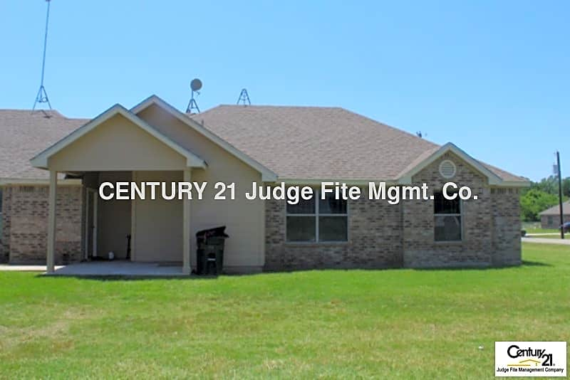 Duplex for Rent in Weatherford