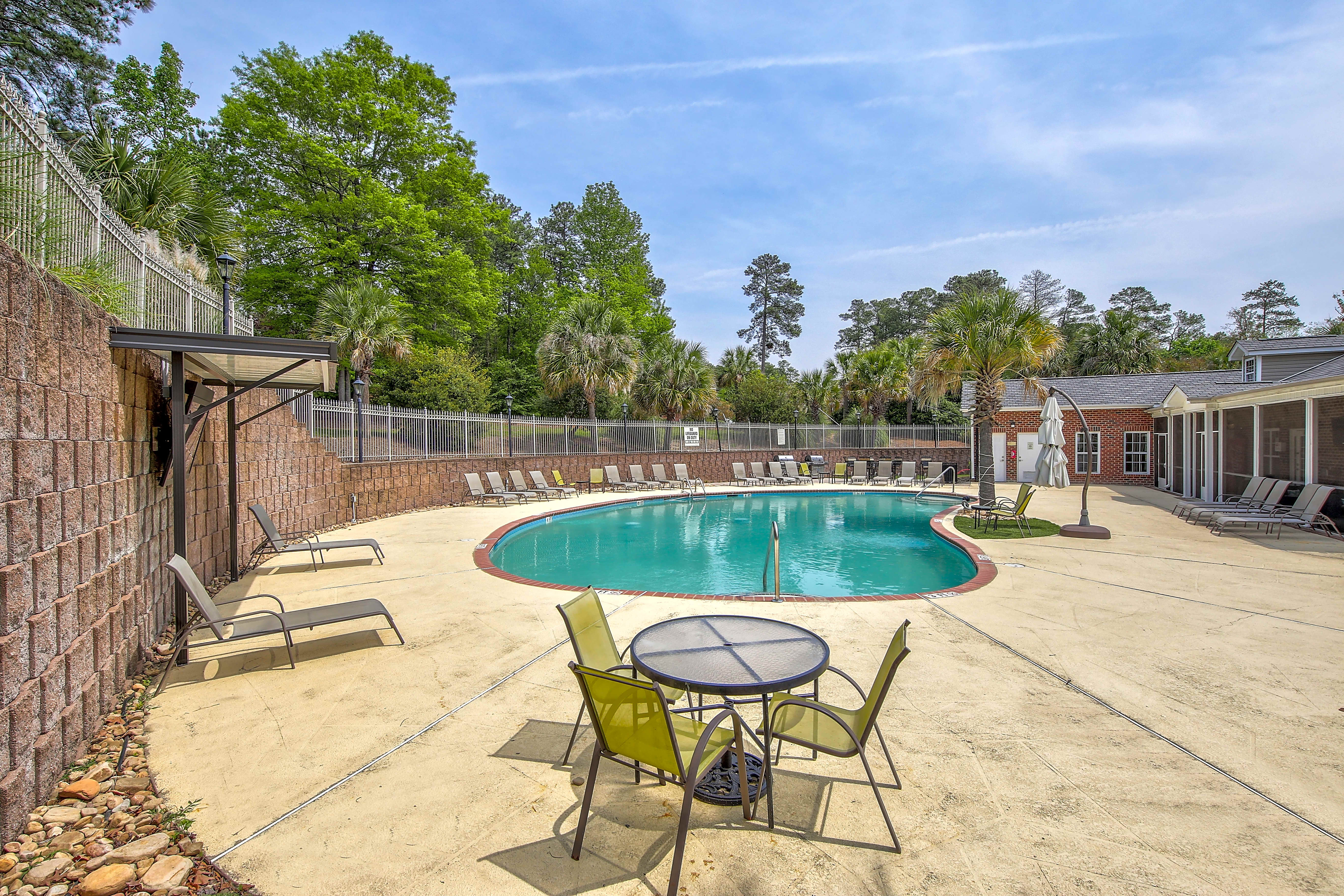 Columbia Summer Housing | College Student Apartments