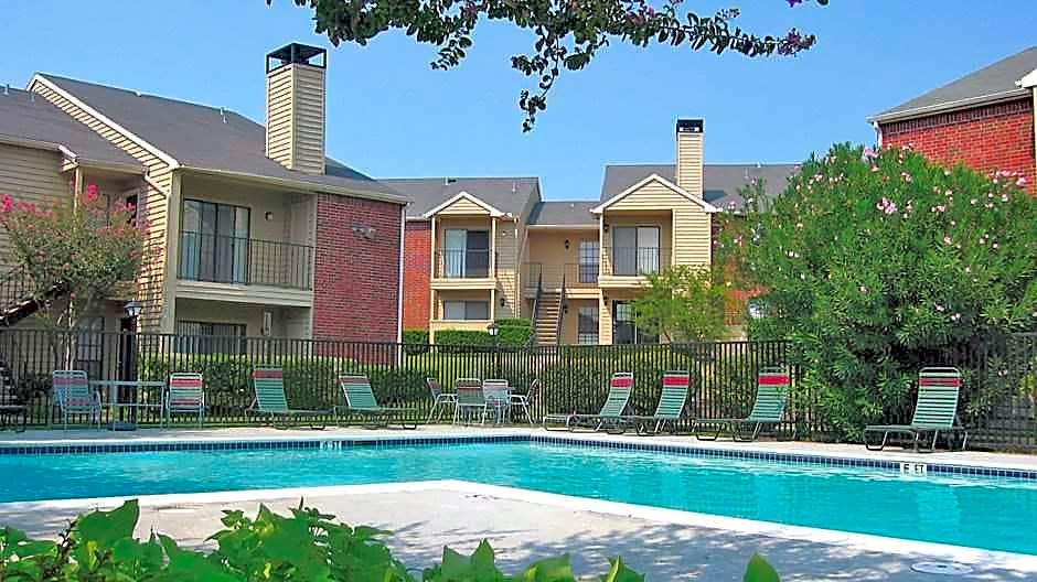 Cedar Creek Village for rent in McKinney