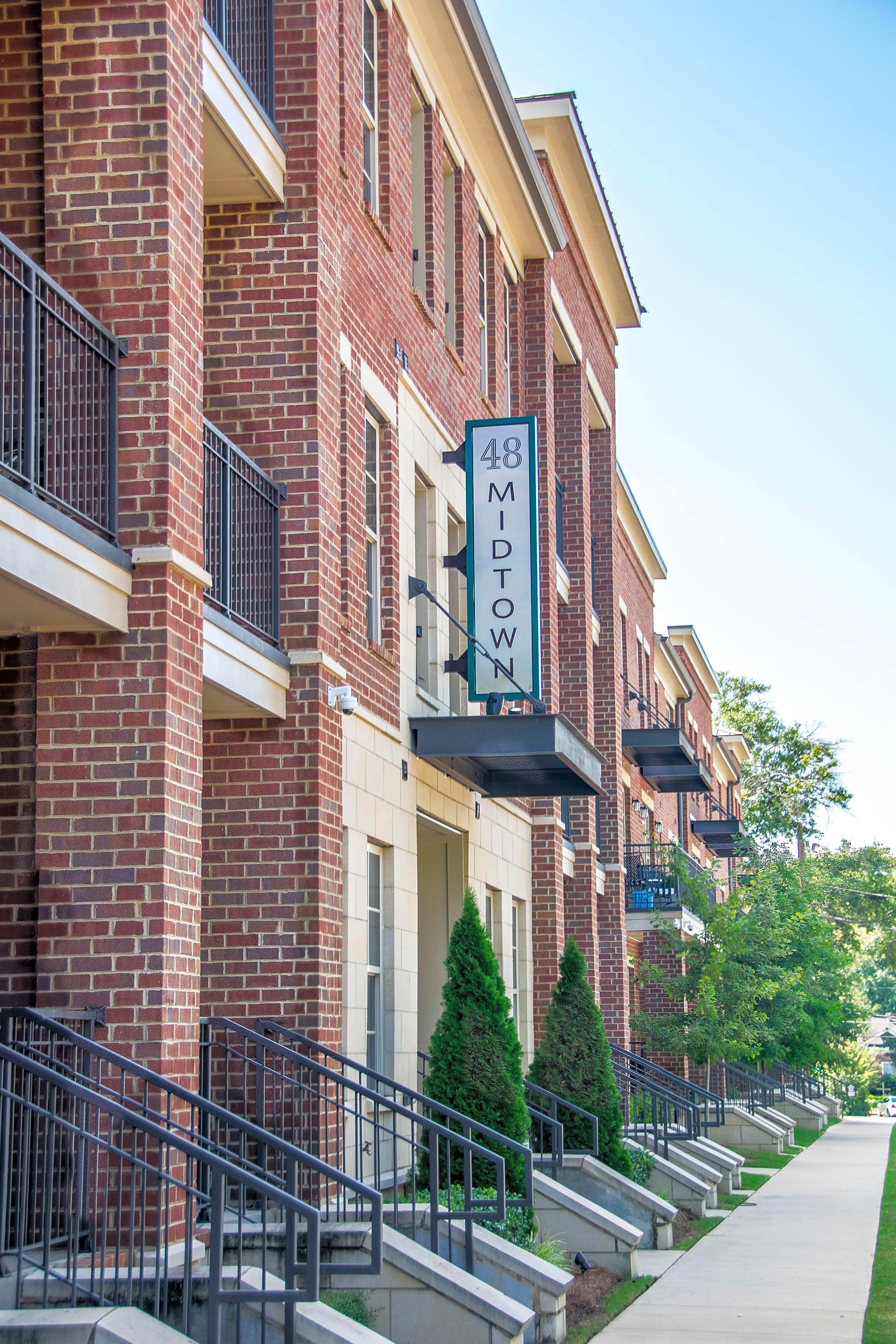 Apartments Near Faulkner 48 Midtown for Faulkner University Students in Montgomery, AL