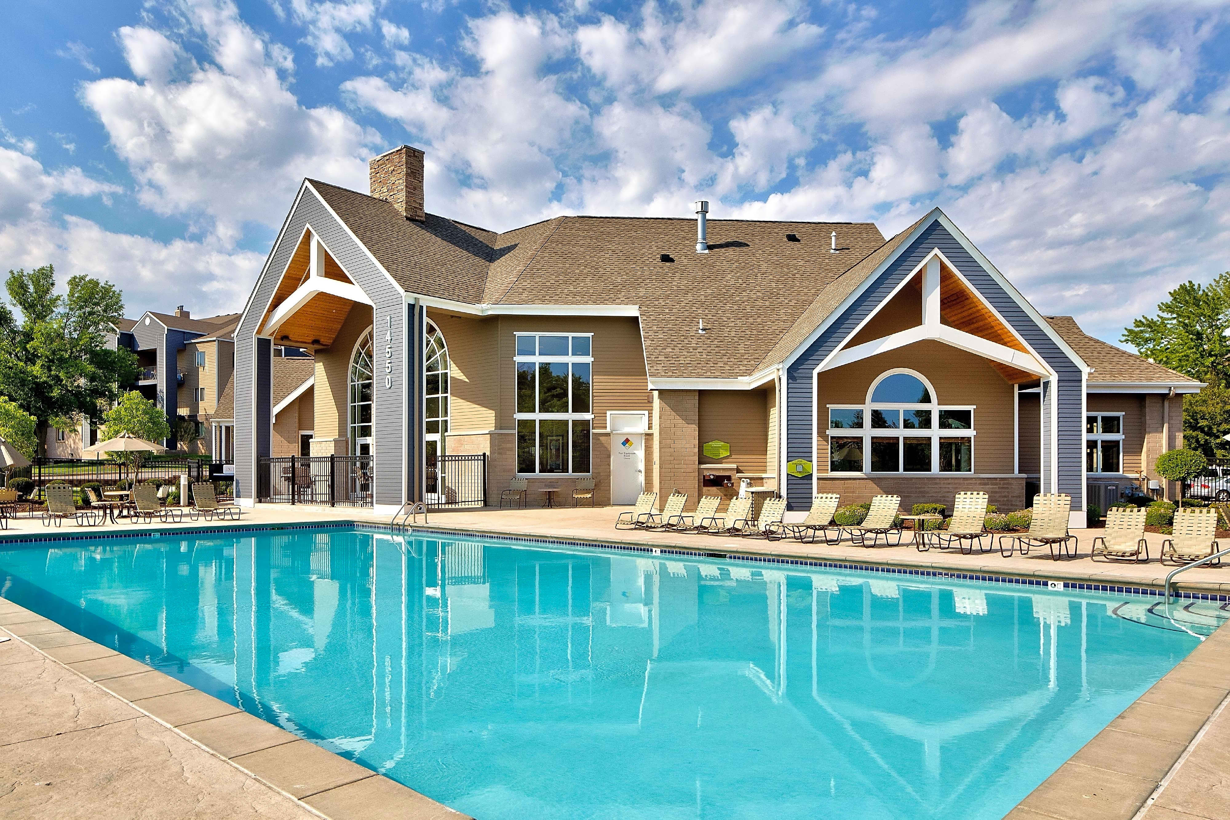 Park Place Apartments - Plymouth, MN 55447