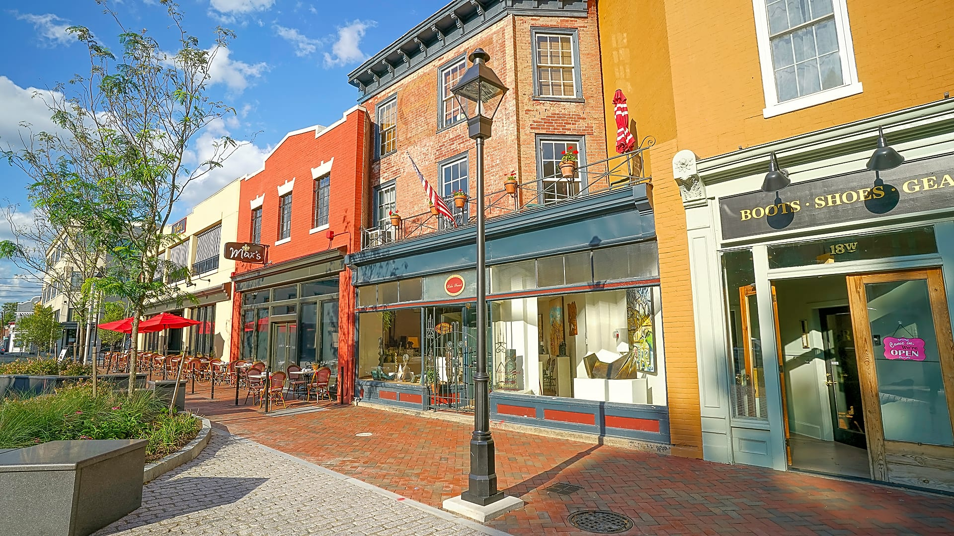 Enjoy Living in The Arts District of Richmond