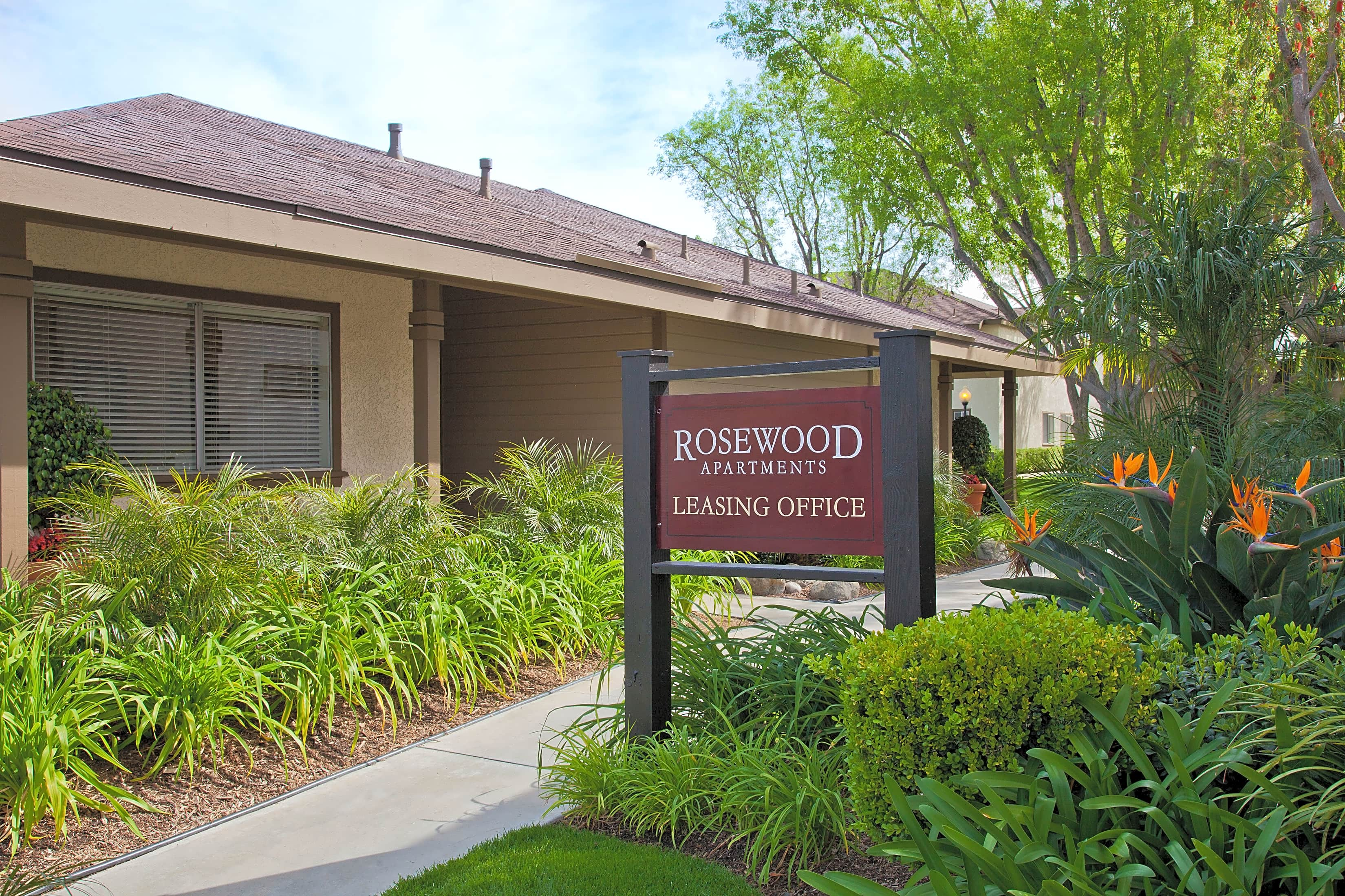 Rosewood Apartments - Redlands, CA 92373