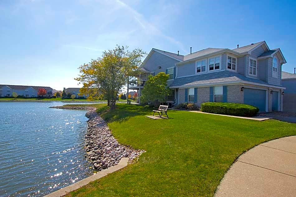 Brookdale Lakes for rent in Naperville