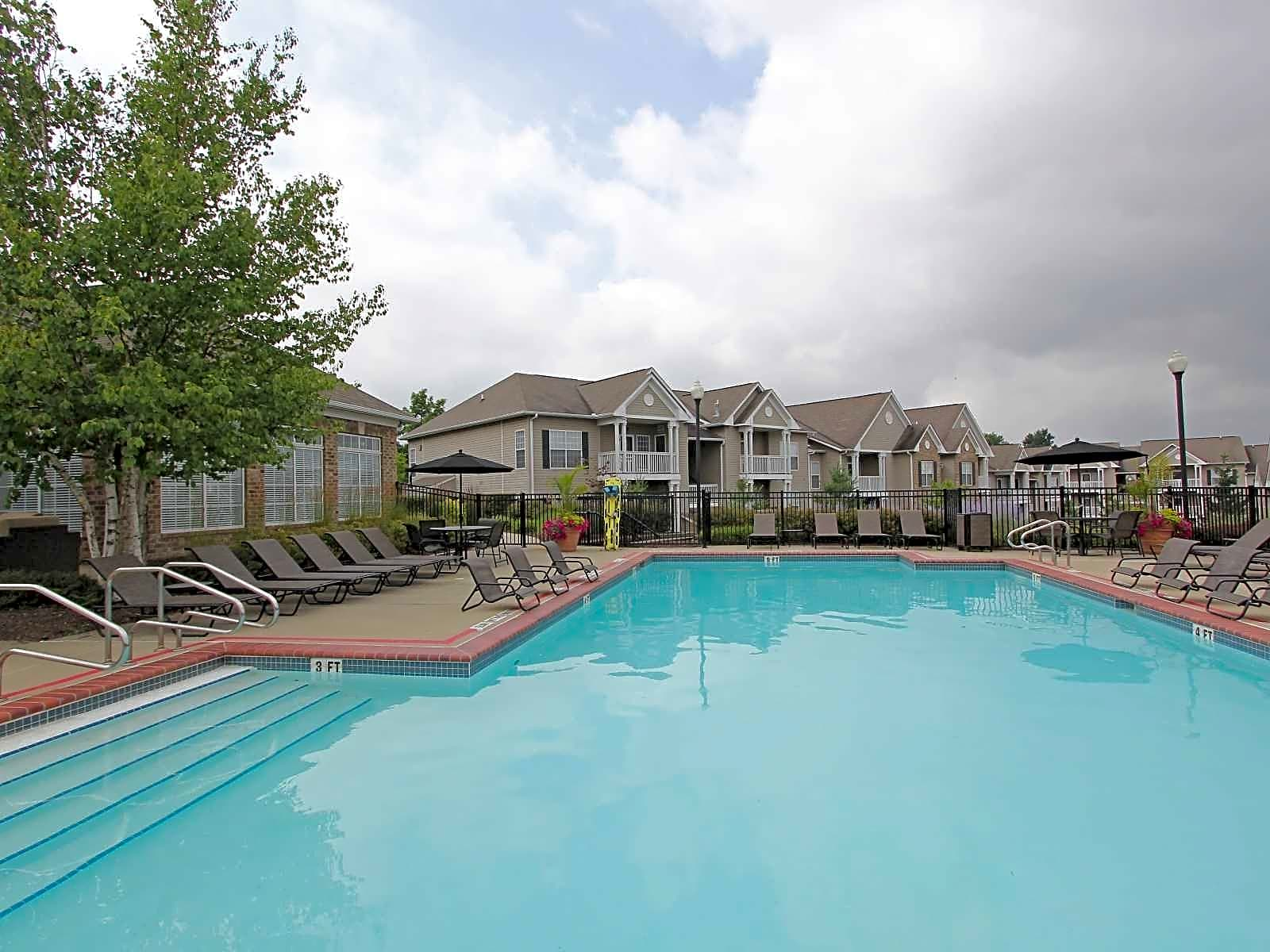 Waterford Landing Apartments Moon Township PA