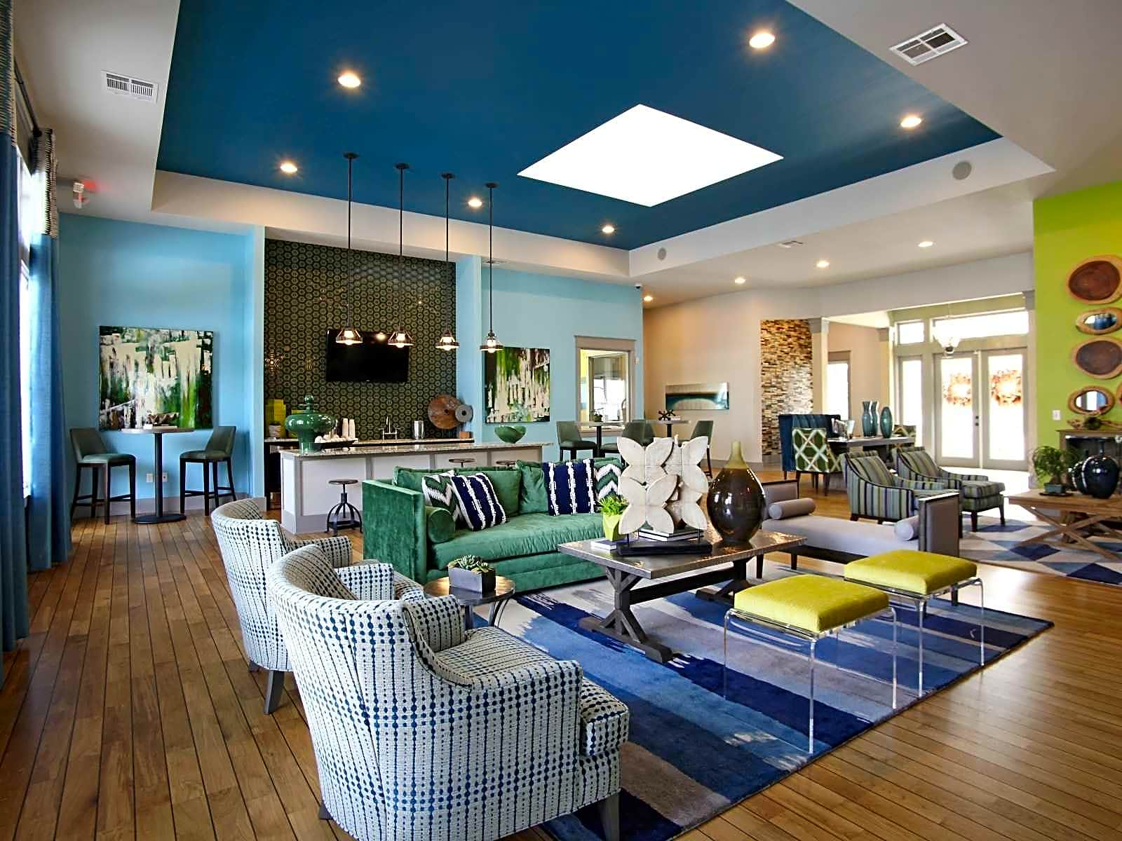 Apartments Near Day Spa Career College Arbor Landing for Day Spa Career College Students in Ocean Springs, MS