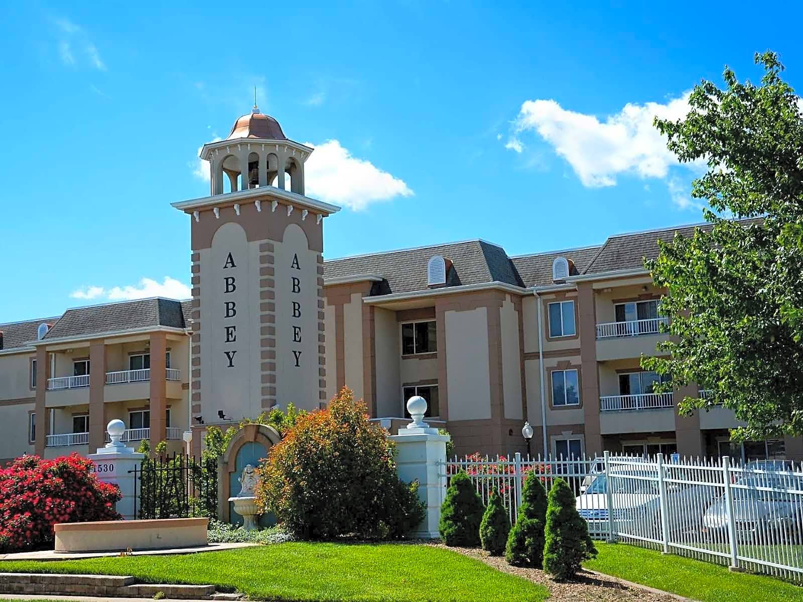 The Abbey Apartments - Springfield, MO 65804