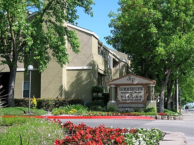 Summerview Apartments for rent in Modesto