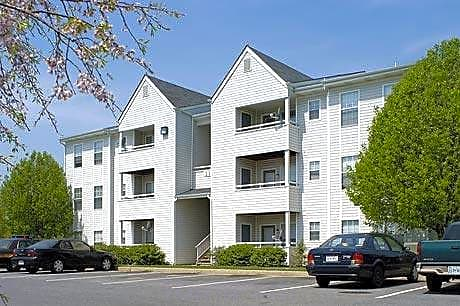 Photo: Winchester Apartment for Rent - $816.00 / month; 2 Bd & 1 Ba