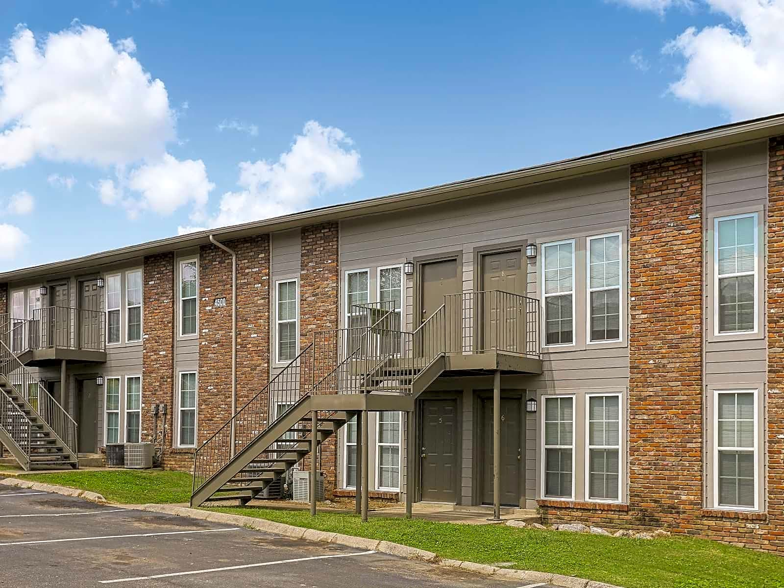 Apartments Near TSU Village West TN for Tennessee State University Students in Nashville, TN