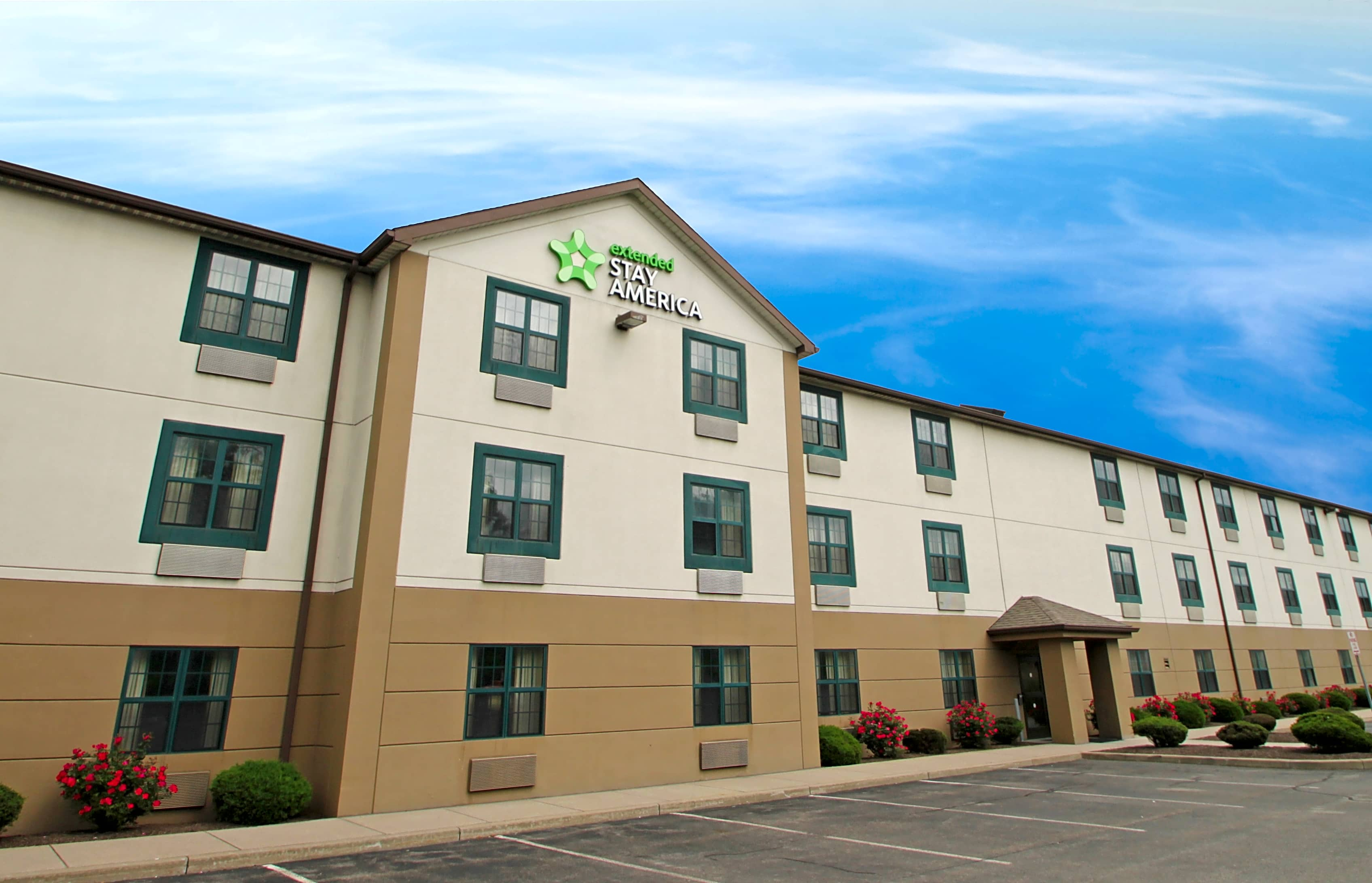 Apartments Near Daemen Furnished Studio - Buffalo - Amherst for Daemen College Students in Amherst, NY