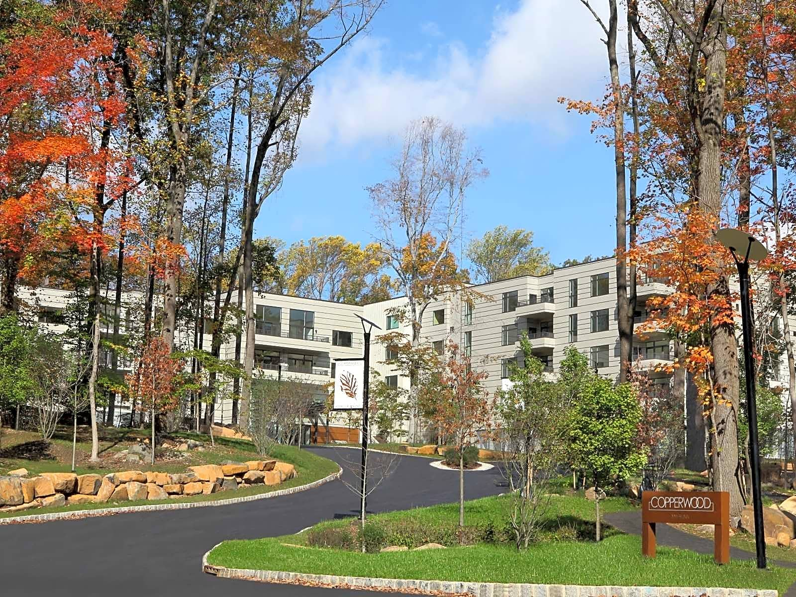 Apartments Near Rutgers Copperwood in Princeton for Rutgers University Students in New Brunswick, NJ