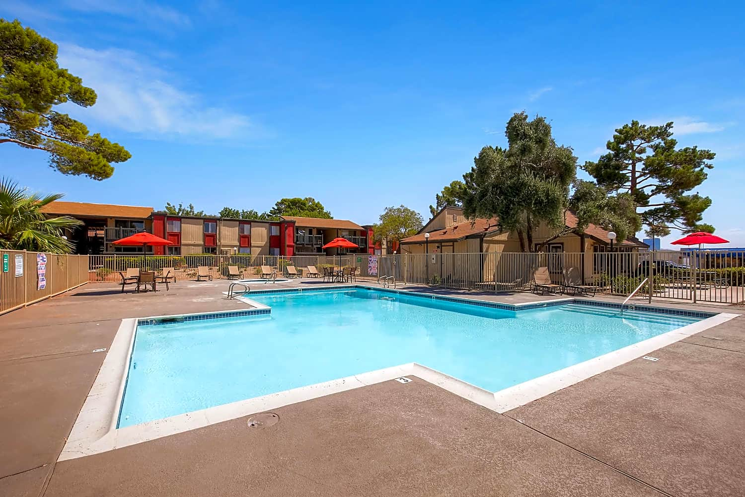 Apartments Near UNLV City View for University of Nevada-Las Vegas Students in Las Vegas, NV