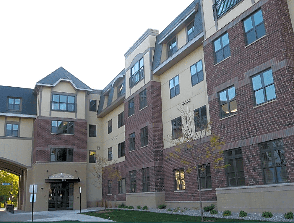 Apartments Near St. Kate's Oaks Station Place Apartments for College of St Catherine Students in Saint Paul, MN