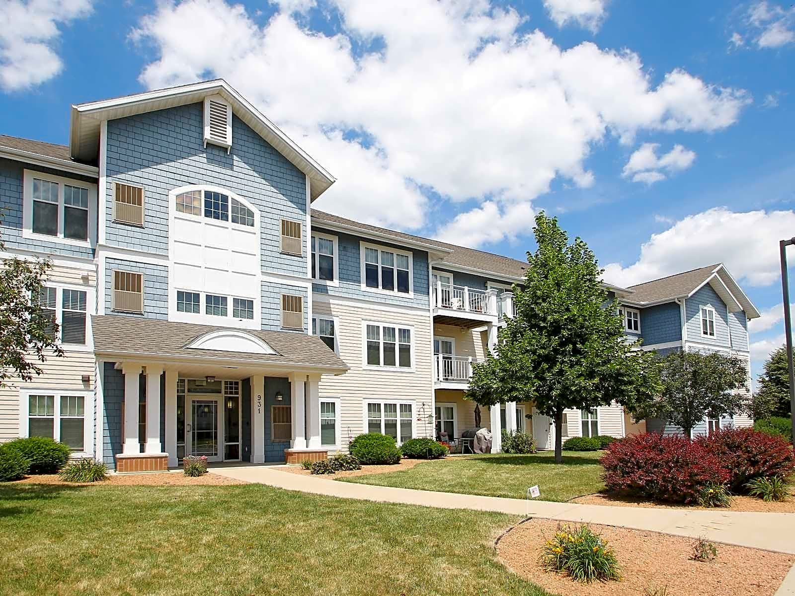 Apartments Near Herzing Door Creek for Herzing College Students in Madison, WI