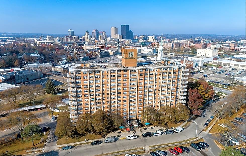 Apartments Near Wright State The View at Dayton Towers for Wright State University Students in Dayton, OH