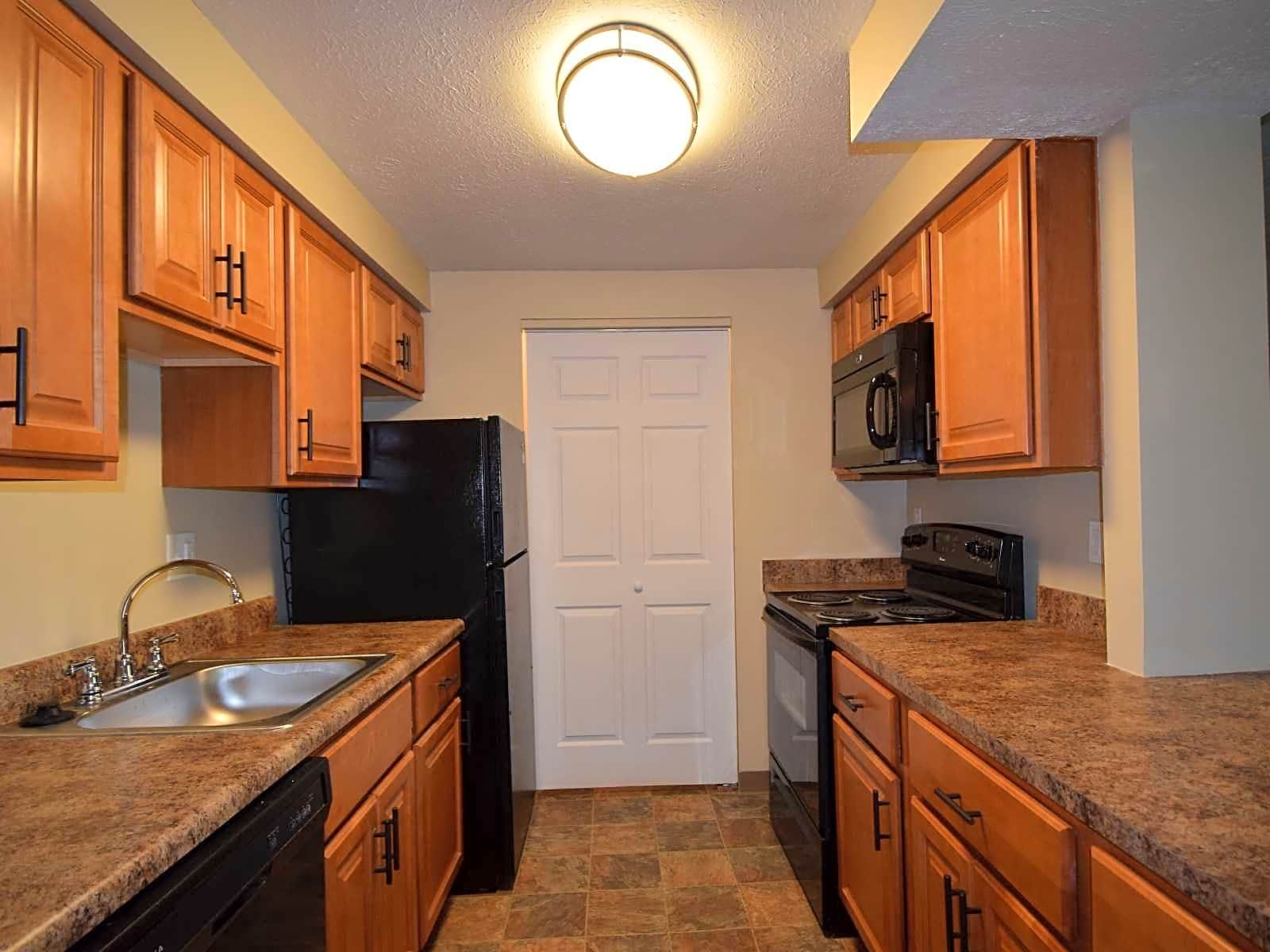 Apartments Near Seton Hill Deauville Park for Seton Hill University Students in Greensburg, PA