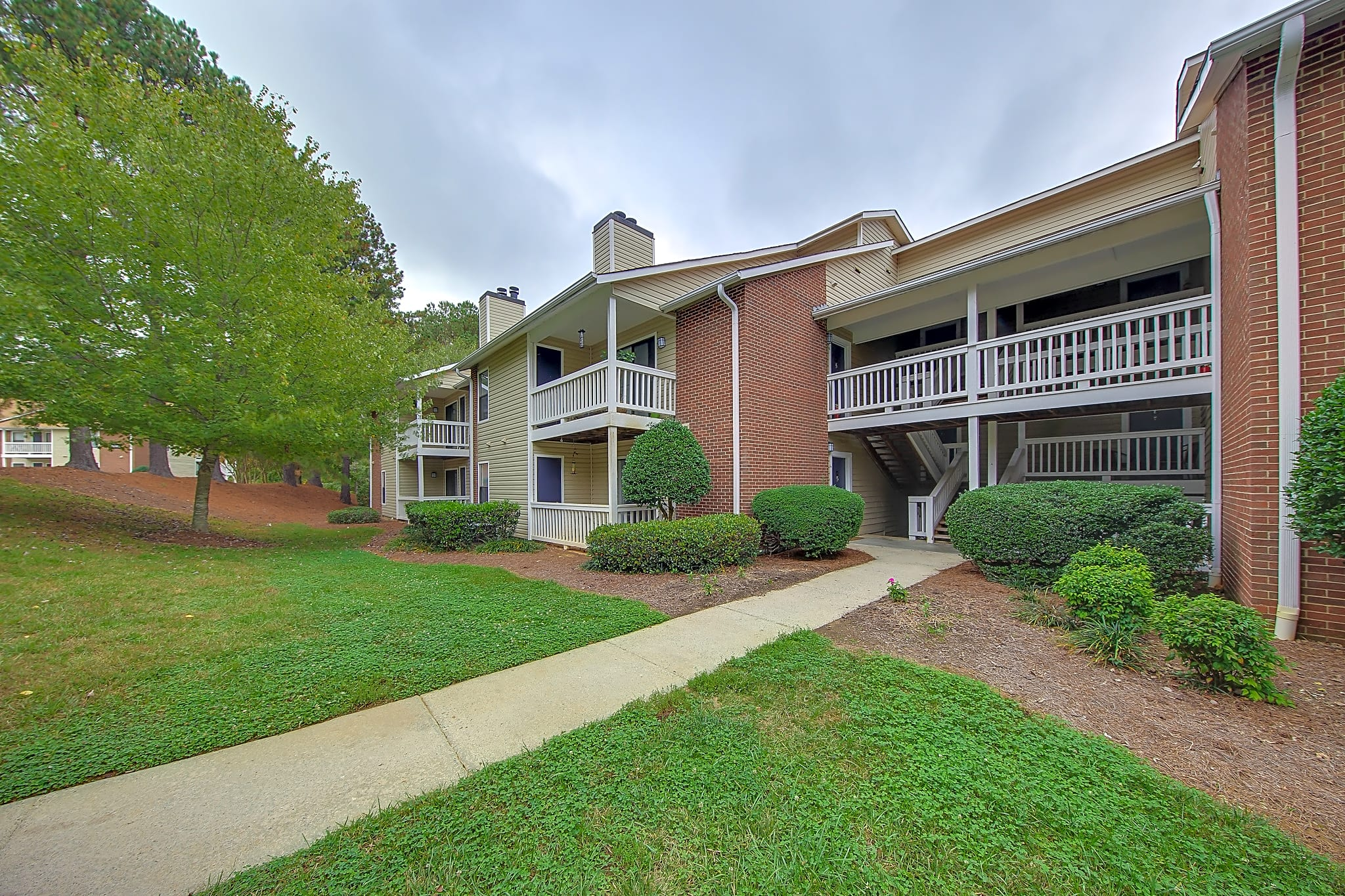Apartments Near Guilford Terrace Oaks for Guilford College Students in Greensboro, NC