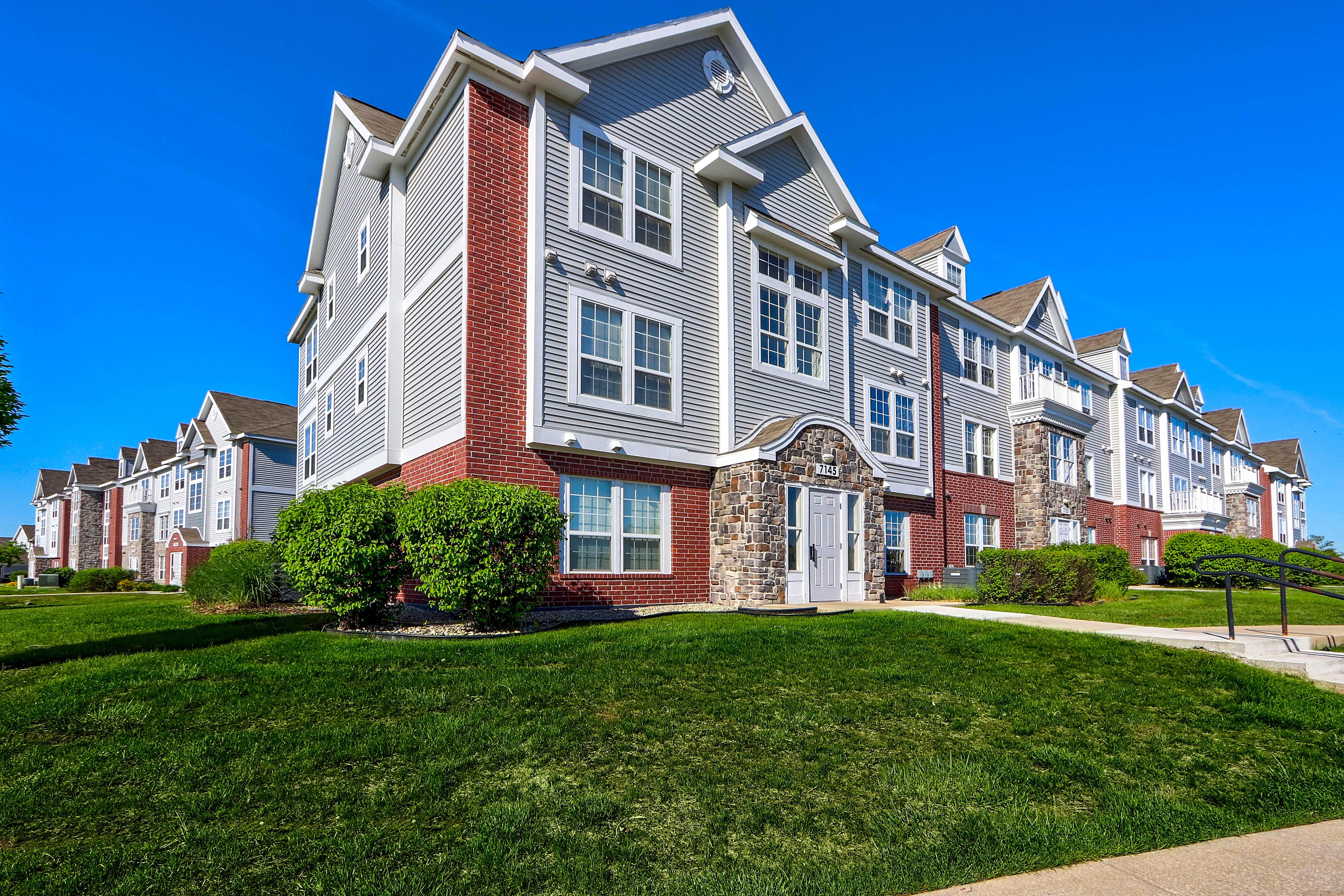 Apartments Near BGSU Tracy Creek for Bowling Green State University Students in Bowling Green, OH
