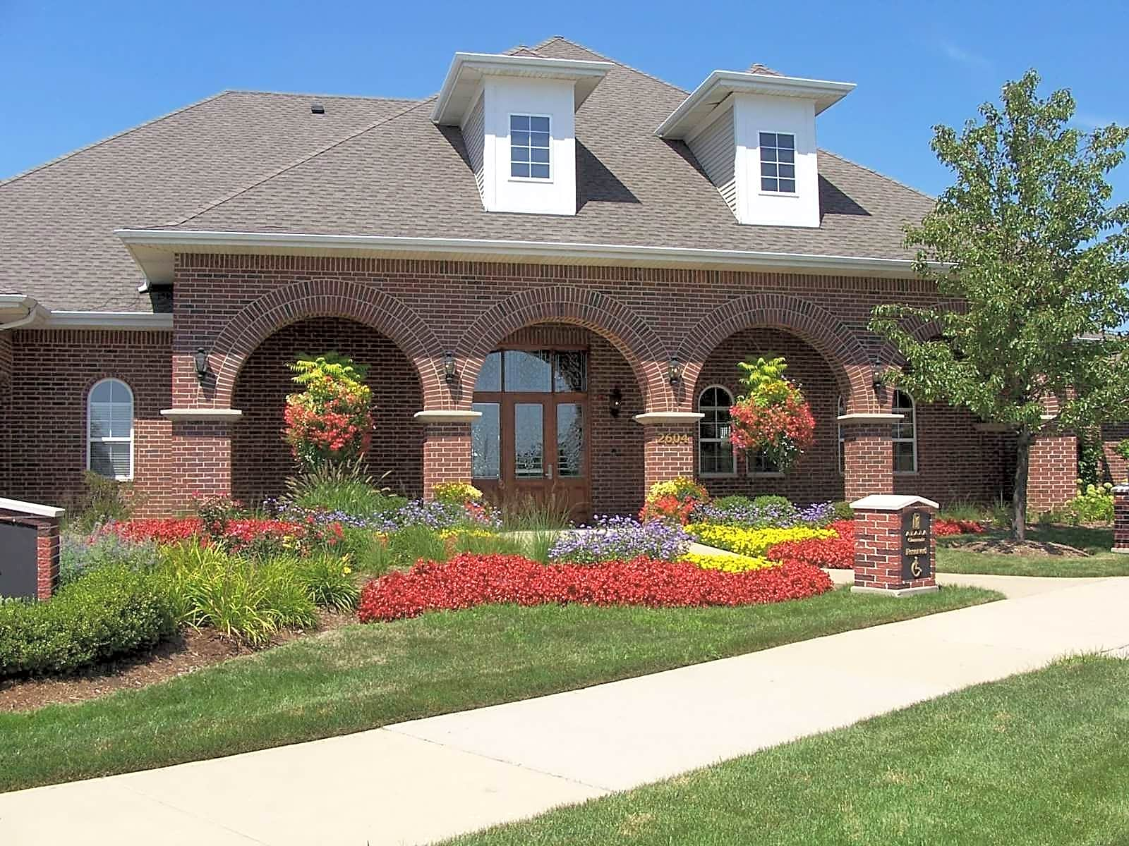 Glenmuir Luxury Rental Homes for rent in Naperville