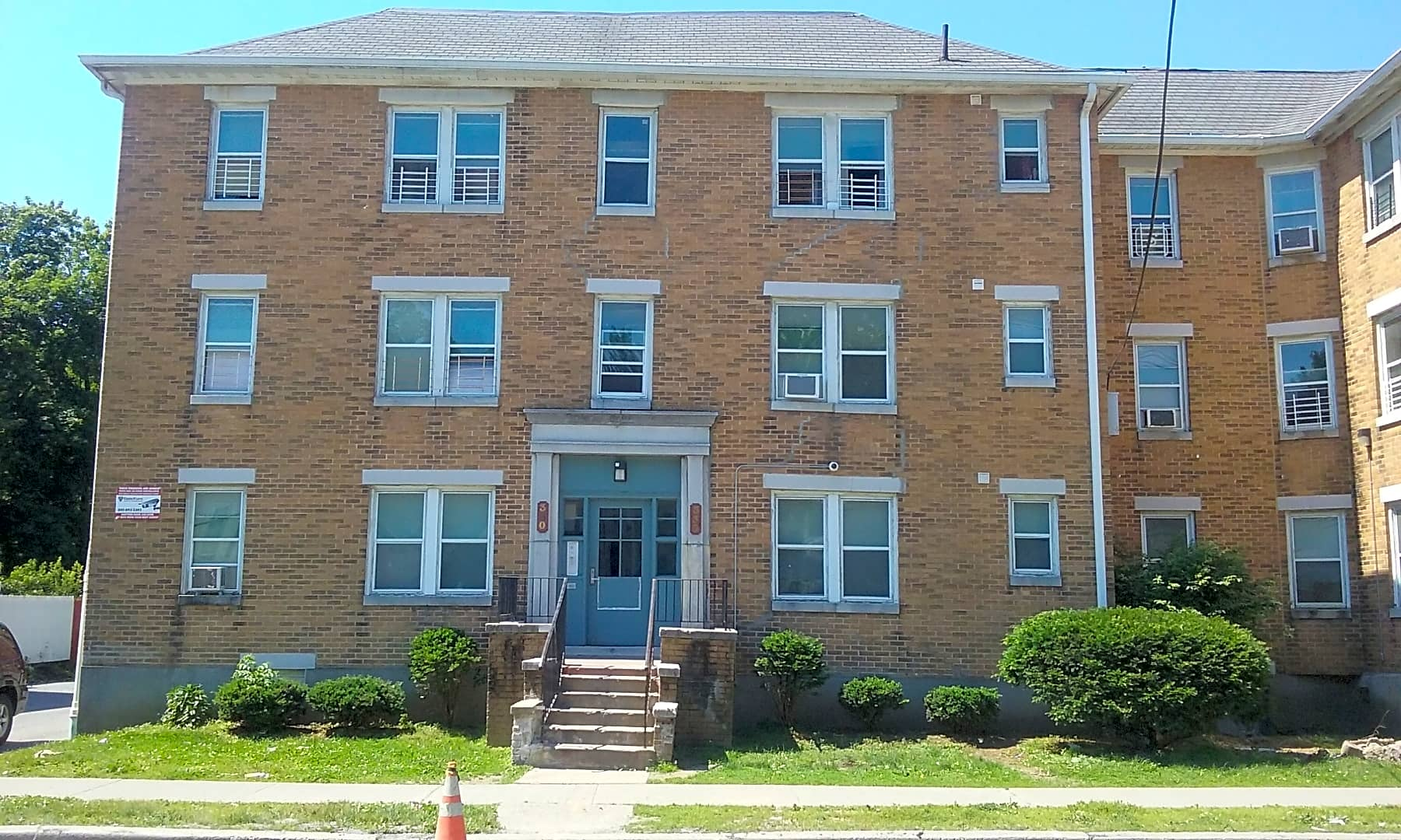 Apartments Near Marist College