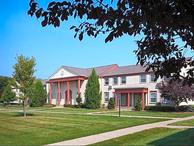 Apartments Near Centenary Gateways At Randolph for Centenary College Students in Hackettstown, NJ