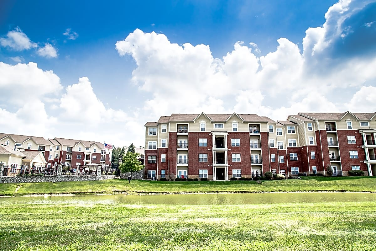 Apartments Near Franklin Devonshire for Franklin College Students in Franklin, IN