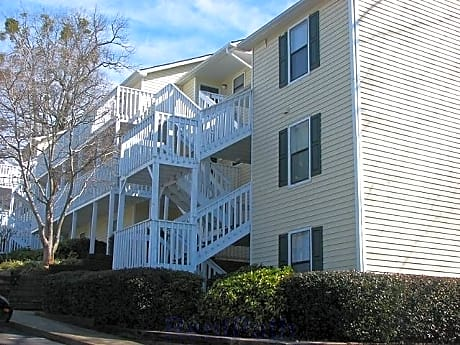 Photo: Gainesville Apartment for Rent - $800.00 / month; 3 Bd & 2 Ba